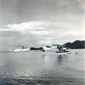 Teluk Serui dengan satu pesawat Catalina