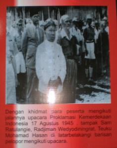 Sam Ratu Langie hadir pada upacara Proklamasi Kemerdekaan