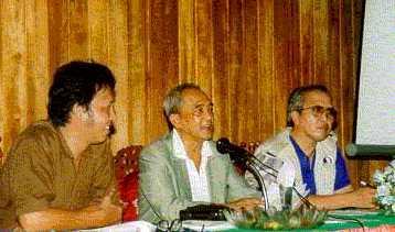 Dari Kanan ke kiri: Harry K. Ir. Sugandi, M. Supit SH.