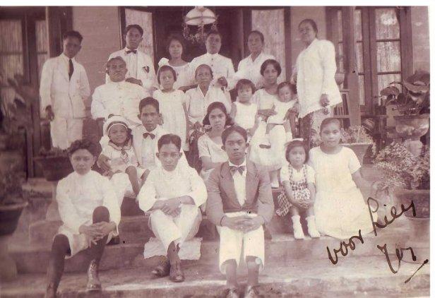 Keluarga BesarTAMBAJONG-LEFRANDT di Amurang