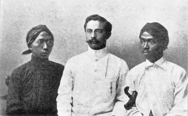 Three exiles by the colonial regime (1913)